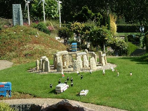 lego-stonehenge