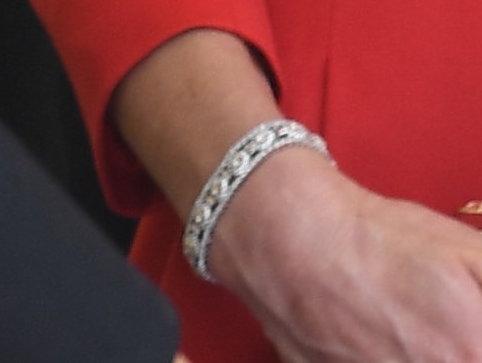 IIM-12851-0028 bracelet