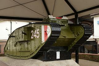 マークI - WW1で戦った最初の戦車