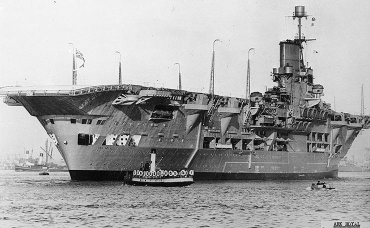 HMS_Ark_Royal_19sb2j1