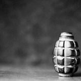 破片手榴弾と攻撃型手榴弾