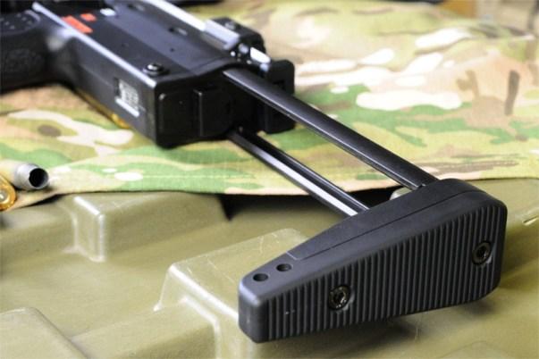 東京マルイ 電動マシンガン MP7A1のリアサイト