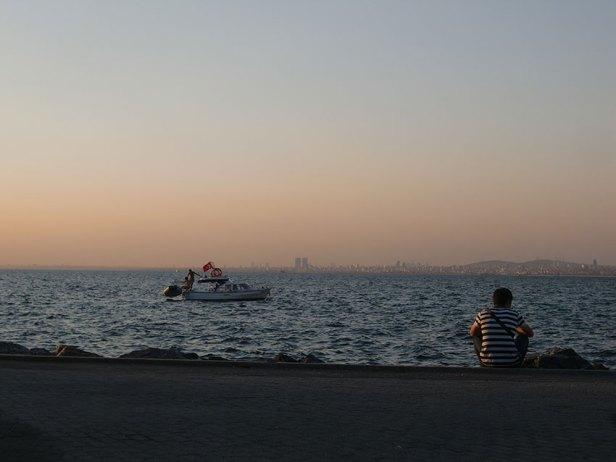Le rivage de la mer de Marmara. Photo : Inès Salas