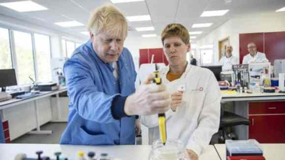 UK Considers Deploying App That Could Track Coronavirus Infected Persons