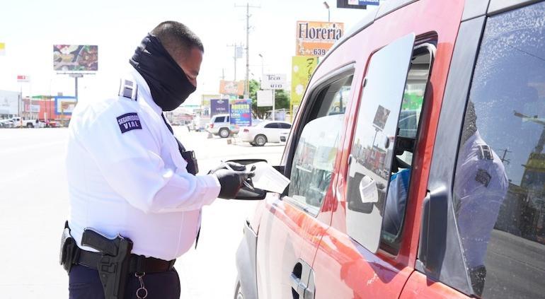 ¡Sin licencia no maneje!, hasta $1,300 pesos de multa