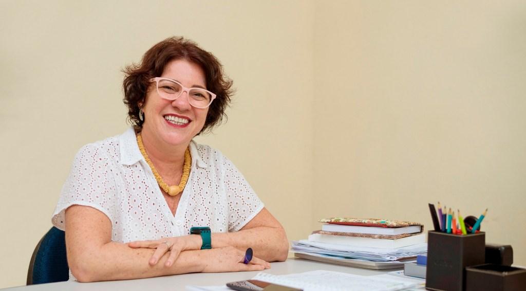 Prefeita Márcia Lucena, pagando em dia aos funcinários publicos