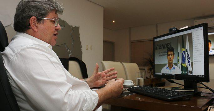 Joao-Azevedo-discute-investimentos-em-infraestrutura-e-turismo-na-Paraiba-com-presidente-do-BNDES2-683x388-1-683x355