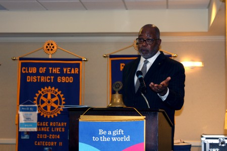 Doug Hooker, the Atlanta Regional Commission executive director, gives a speech to the Sandy Springs Rotary Club Sept. 28.