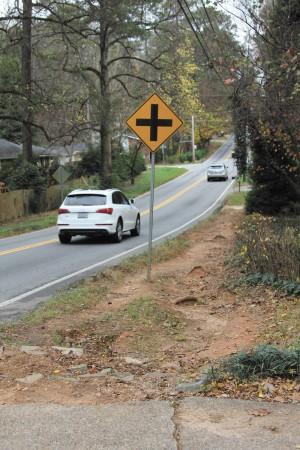 A trail on Hammond Drive near Kayron Drive in Sandy Springs. Photo John Ruch