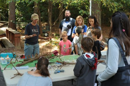 Artist Salley McInerney leads workshop at Dunwoody Nature Center Oct. 15. (Photo Phil Mosier)