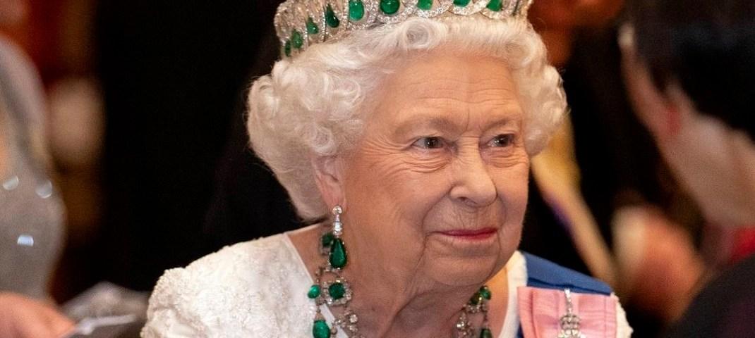 El ladrón de la Reina Isabel vendió objetos de la realeza en Ebay