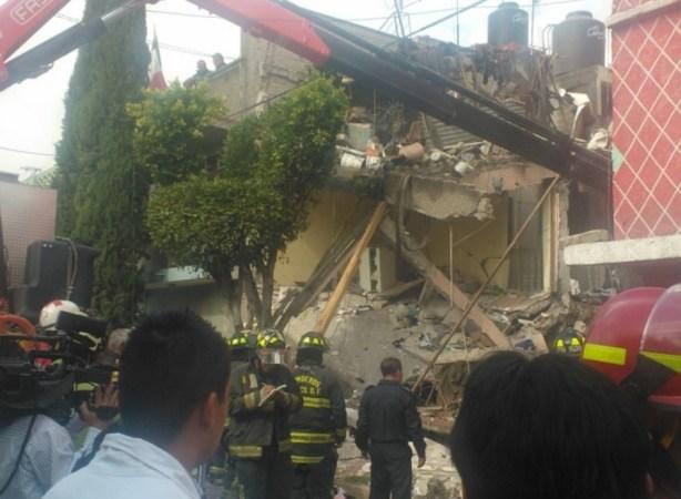 Rescatan a tres menores desaparecidos en explosión