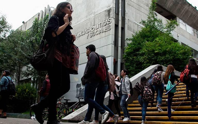 UNAM_facultad_alumnos.jpg