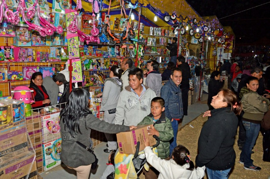 thumbnail_Feria del Juguete Neza 2016 (1)