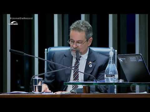No Senado, diretor-presidente da Anvisa diz que agência tem sido rápida na análise de vacinas