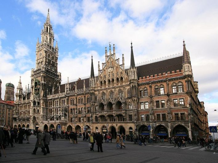 A Marienplatz, centro histórico de Munique.
