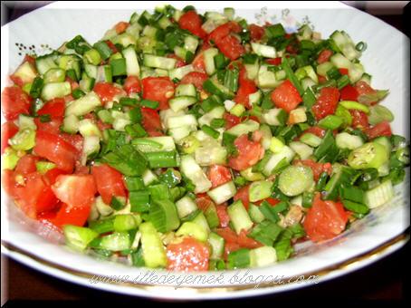 salata de reveneala
