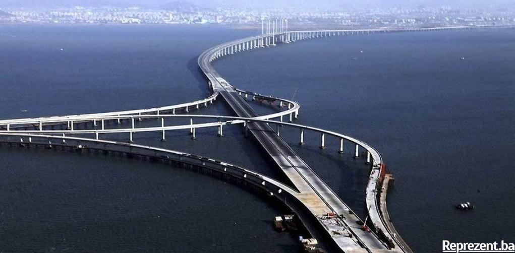 Zanimljivi putevi, staze, ceste - Page 2 Najduzi-most-na-svijetu-1