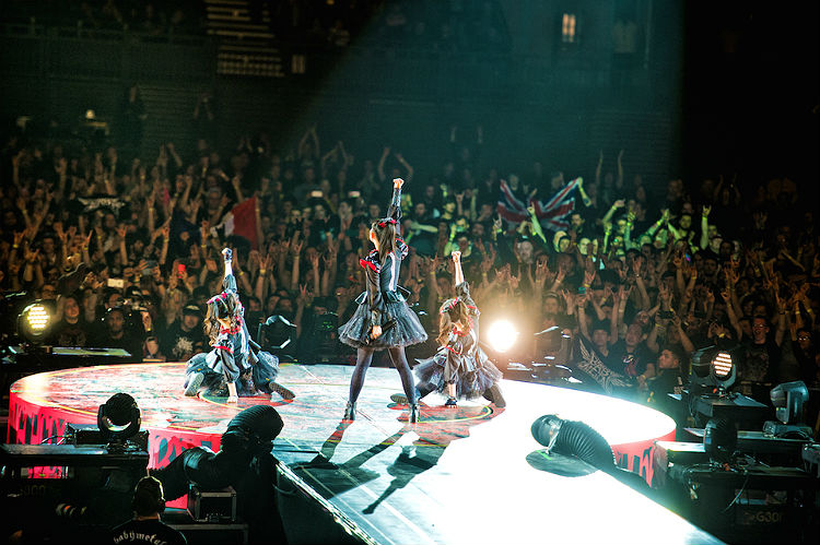babymetal_wembley_review_feat_2