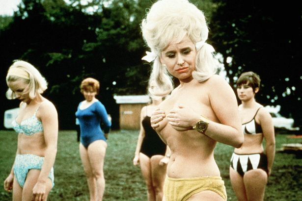 Carry-on-Camping-Film-Barbara-Windsor