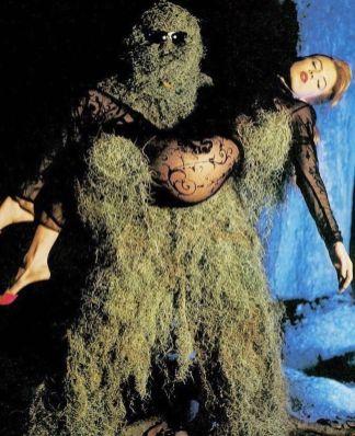 swamp-monster-and-girl