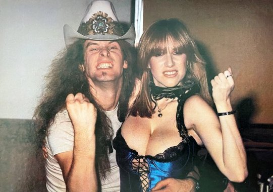 ted-nugent-cherry-bomb