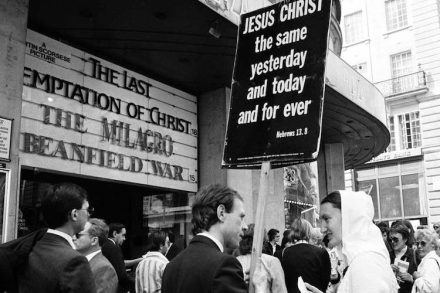 last-temptation-of-christ-protesters-3