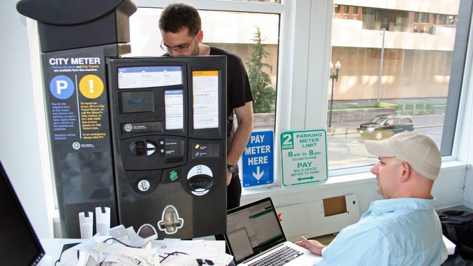 Mayo Nissen (left) and Brian Del Vecchio (right) at work