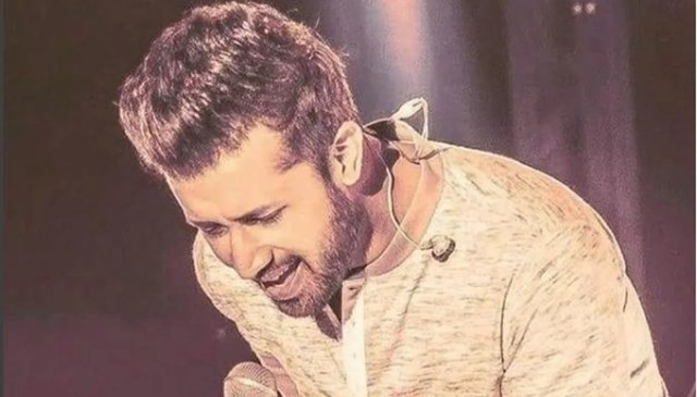 atif aslam hits back at trolls after he reportedly sang an