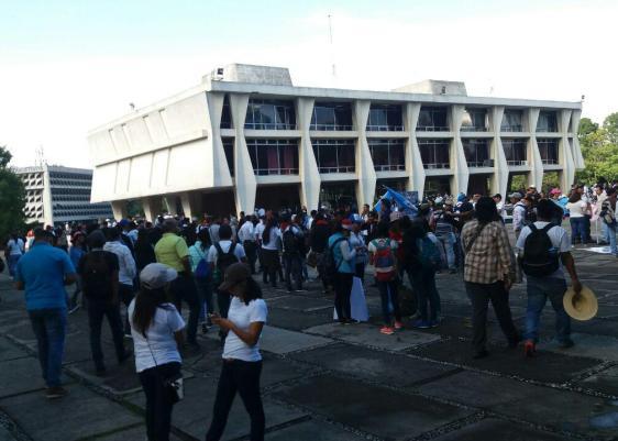 Universidad de San Carlos-Usac- #Paro20S-paro nacional-Whinter Flores-Rodrigo Pérez-Cadmon Marroquín