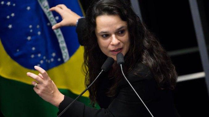 """Resultado de imagem para """"Não Podemos Conviver Com Um STF Com Medo De Lula!"""", Diz Janaína Paschoal"""
