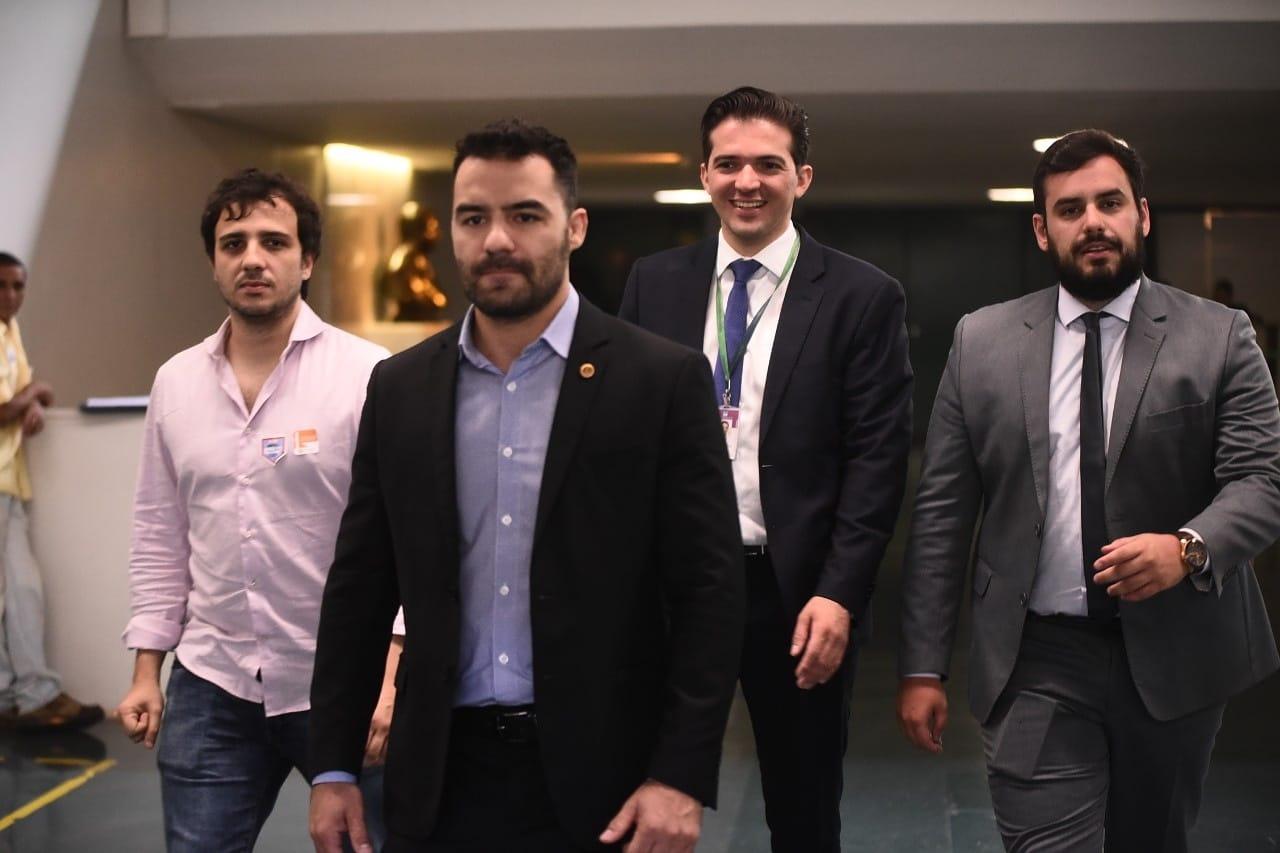 Advogado do MBL derruba 'bônus natalino' de R$10 milhões para funcionários públicos da ALESP