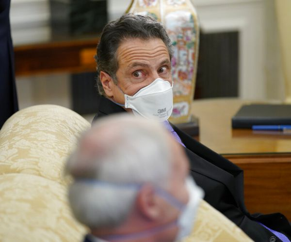 Gov. Cuomo Avoids Reporters During Oval Office Visit Amid Nursing Home Scandal