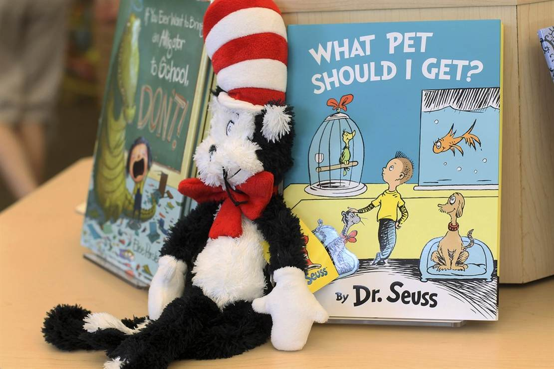Cooking the Goose of Dr. Seuss? Chicago Public Library Piles Onto the Plate of Publication-Pulling – RedState