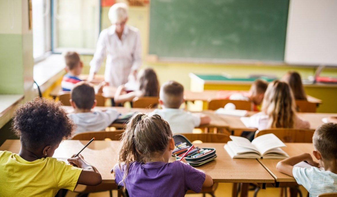 Nation's Largest Teachers' Union: Critical Race Theory Opponents Need to be Researched
