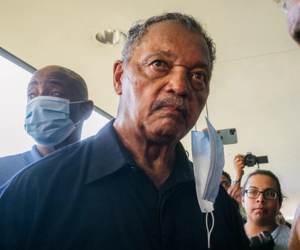 Jesse Jackson Out of Hospital, But Unvaccinated Wife Remains in ICU