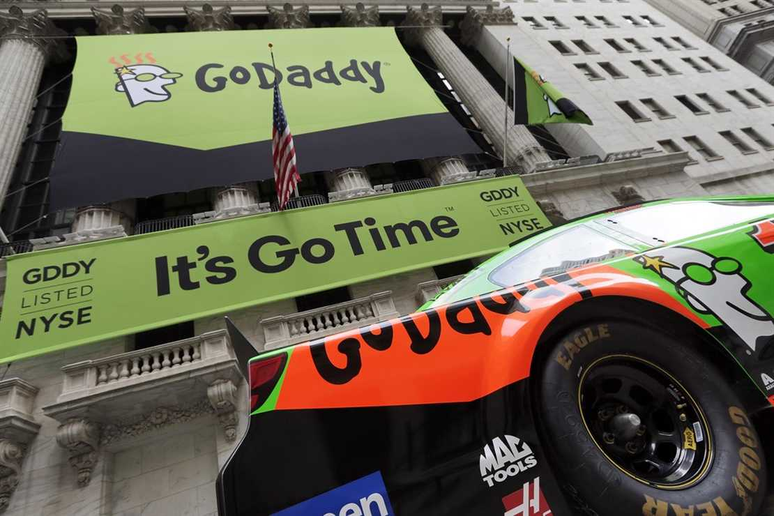 GoDaddy Cuts Off 'Pro Life Whistleblower' Site Over Outrage to TX Heartbeat Law – RedState
