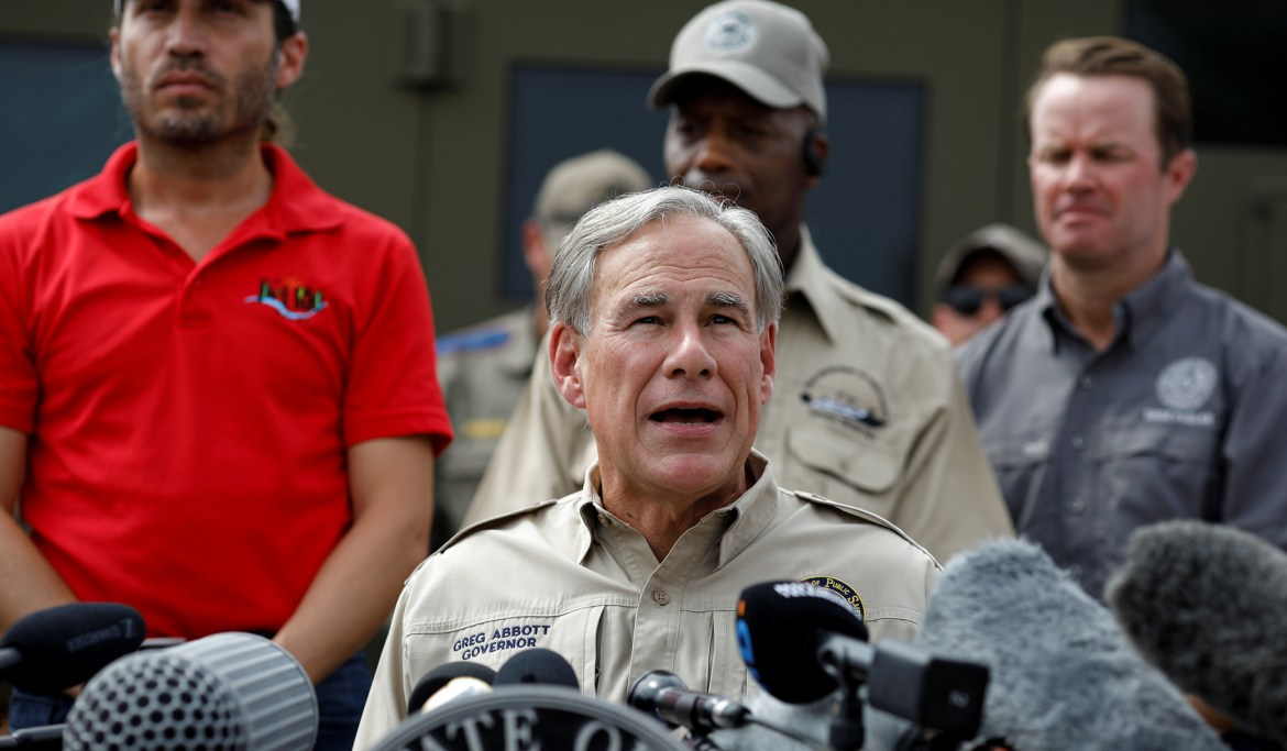Abbott Vows to Hire Border Patrol Agents Punished over 'Whipping' Incident