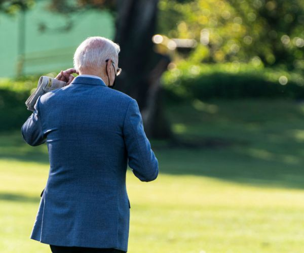 Biden Loses Support From Independent Voters