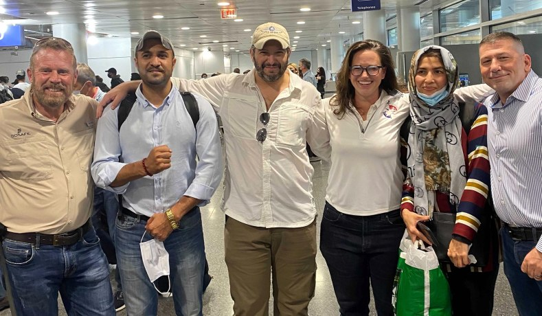 Afghanistan Withdrawal: Americans Initially Denied Entry into U.S. Land in Chicago