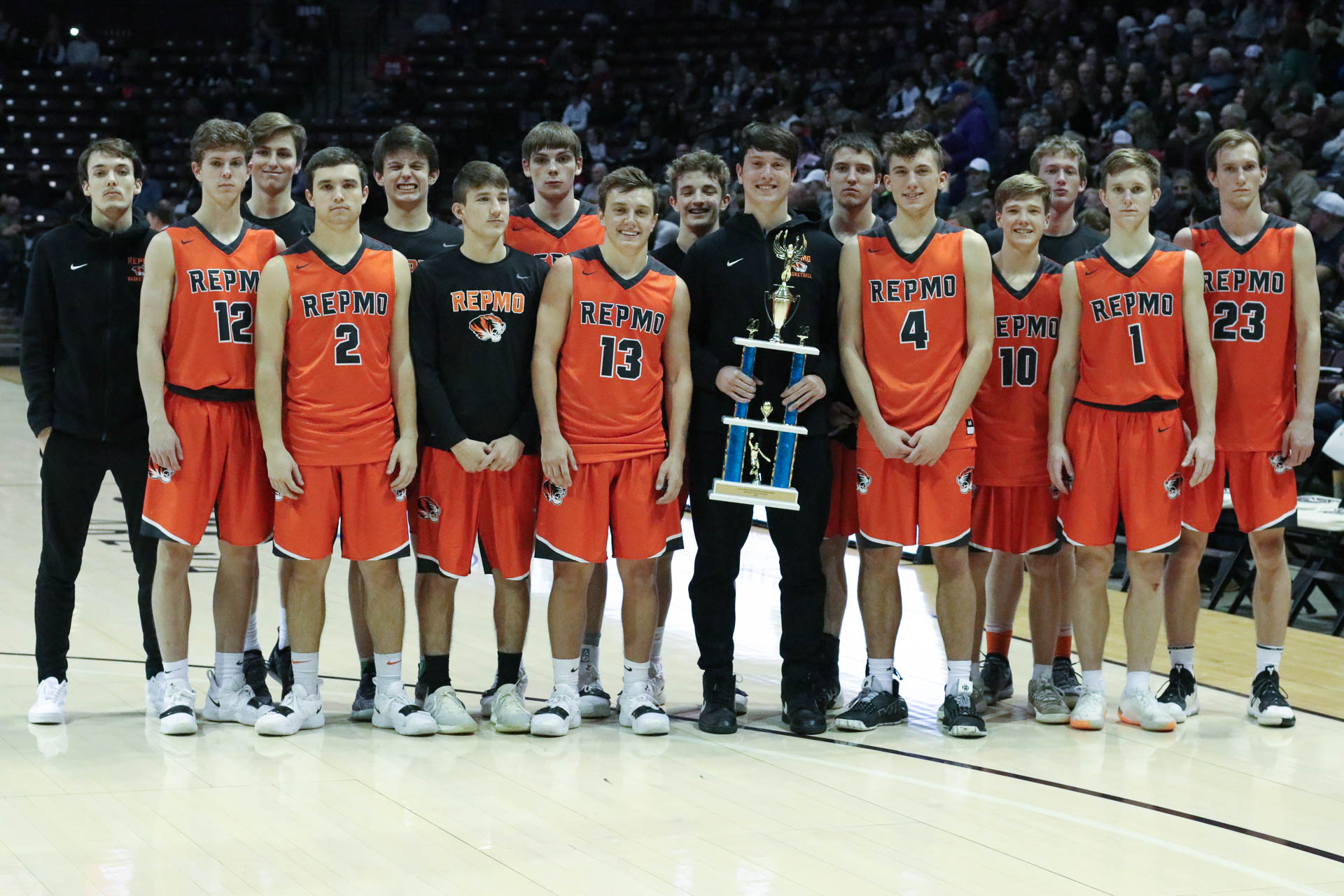 Tigers Knock Out Camdenton Early To Capture 3rd