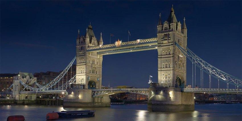 The London Bridge as seen in… Arizona??