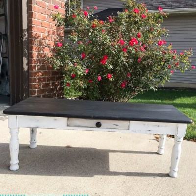 Quick and Easy Coffee Table Makeover