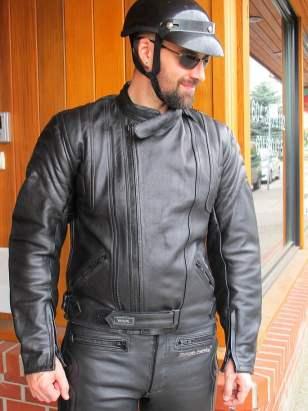 2pc-suit-jackt-closeup_9684