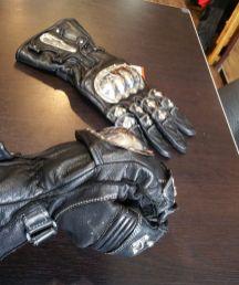 schoeller-gloves-2017-eastsidererides-03-web