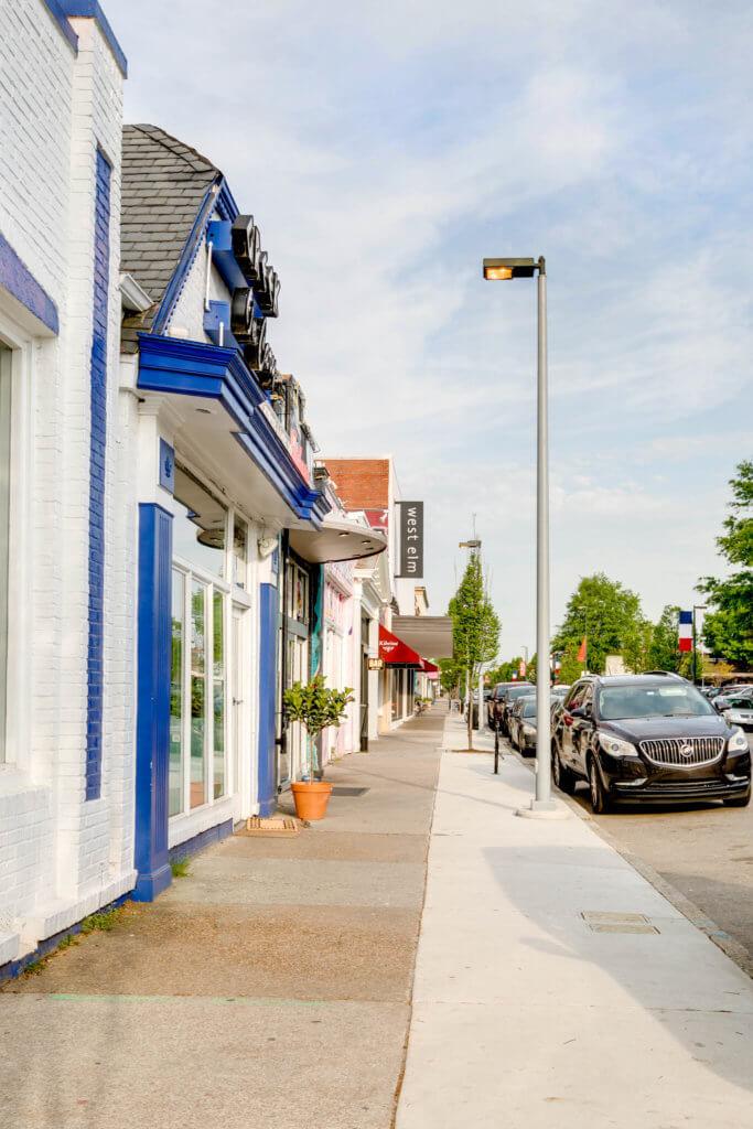 sidewalk and shops along Cary Street