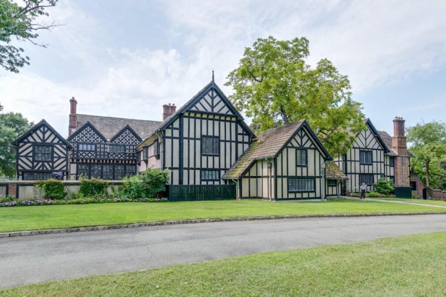 Virginia House