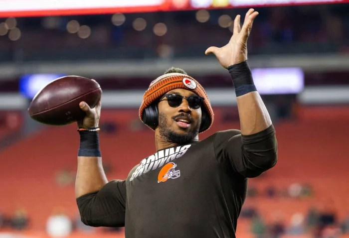 Cleveland Browns Defensive End Myles Garrett Tests Positive for Coronavirus