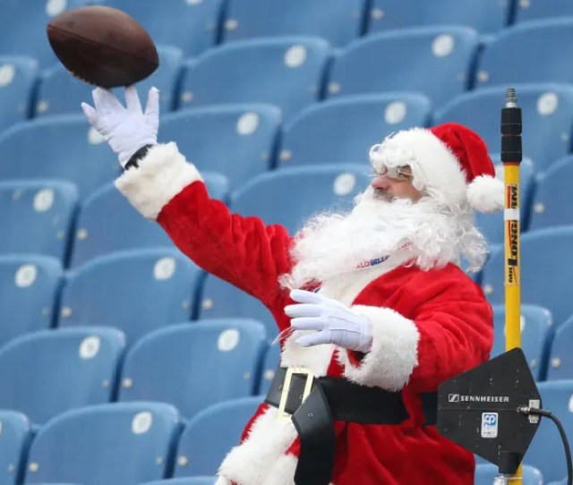 The Naughty And Nice Athletes List For 2018