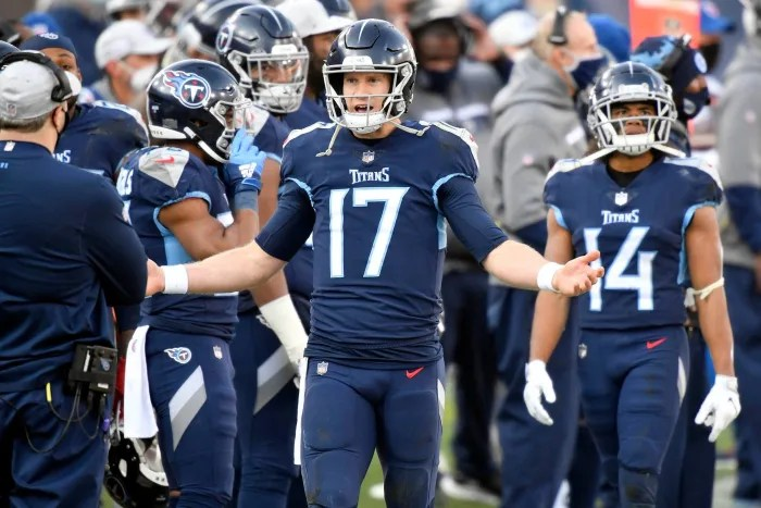 Titans offense shows little with Henry grounded
